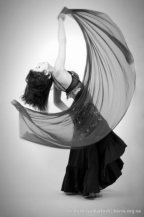 Фото в студии. Фотографии танца. Восточные танцы